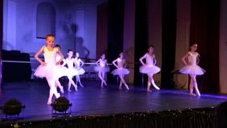 Danza classica, Accademia Danza Lirica è una scuola per bambini danza classica, insegna teoria e movimenti danza classica, propedeutica alla danza, porta i benefici della danza classica, Montebelluna Treviso